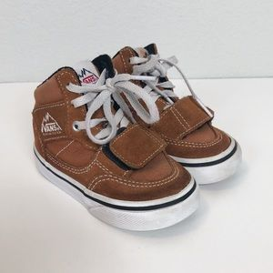 Vans Mountain Edition Suede Shoes size 5.5